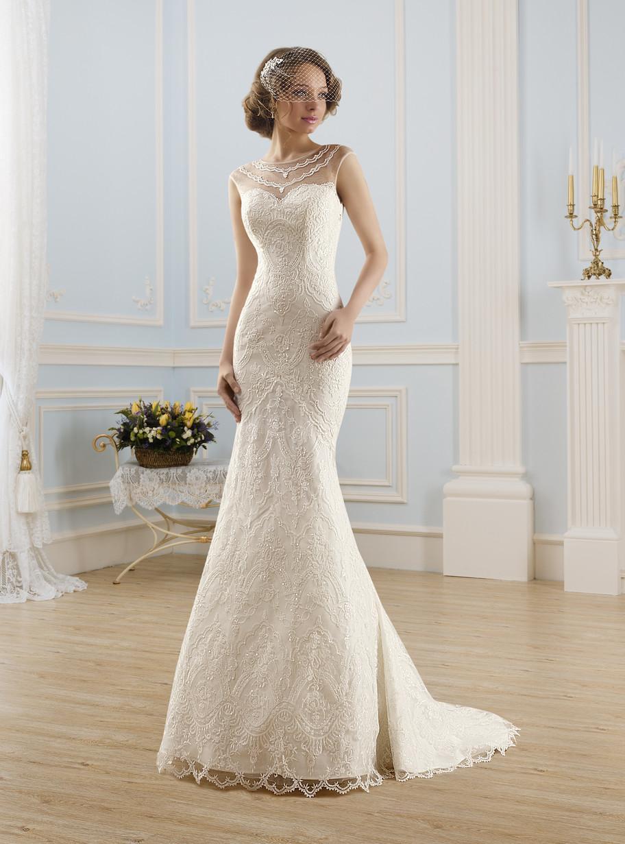 Длинные свадебные платья – классика, которая всегда в моде